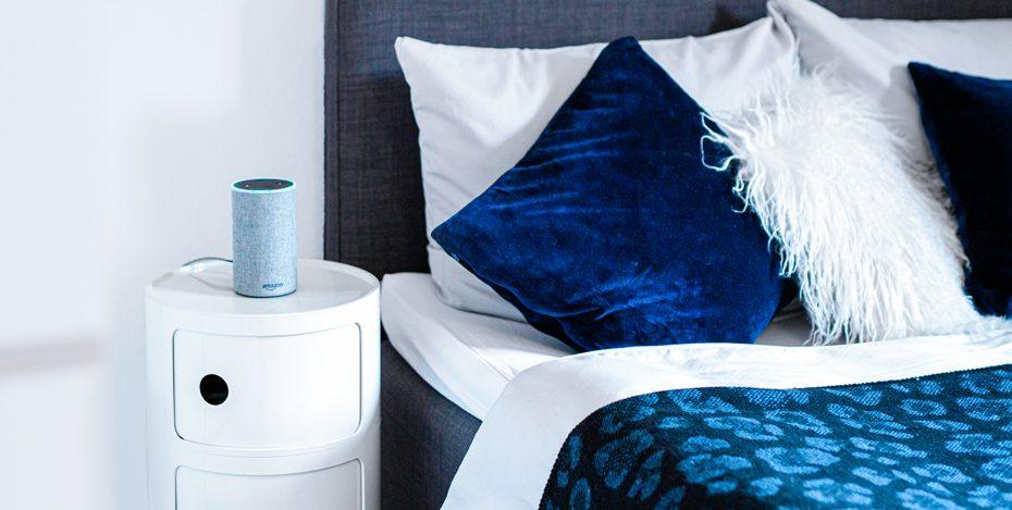 Alexa Schalfzimmer blau